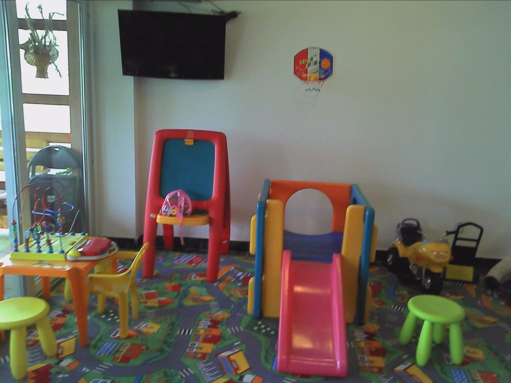 vila-rocco-eforie-nord-imagini-loc-de-joaca-copii-sub-5-ani-1