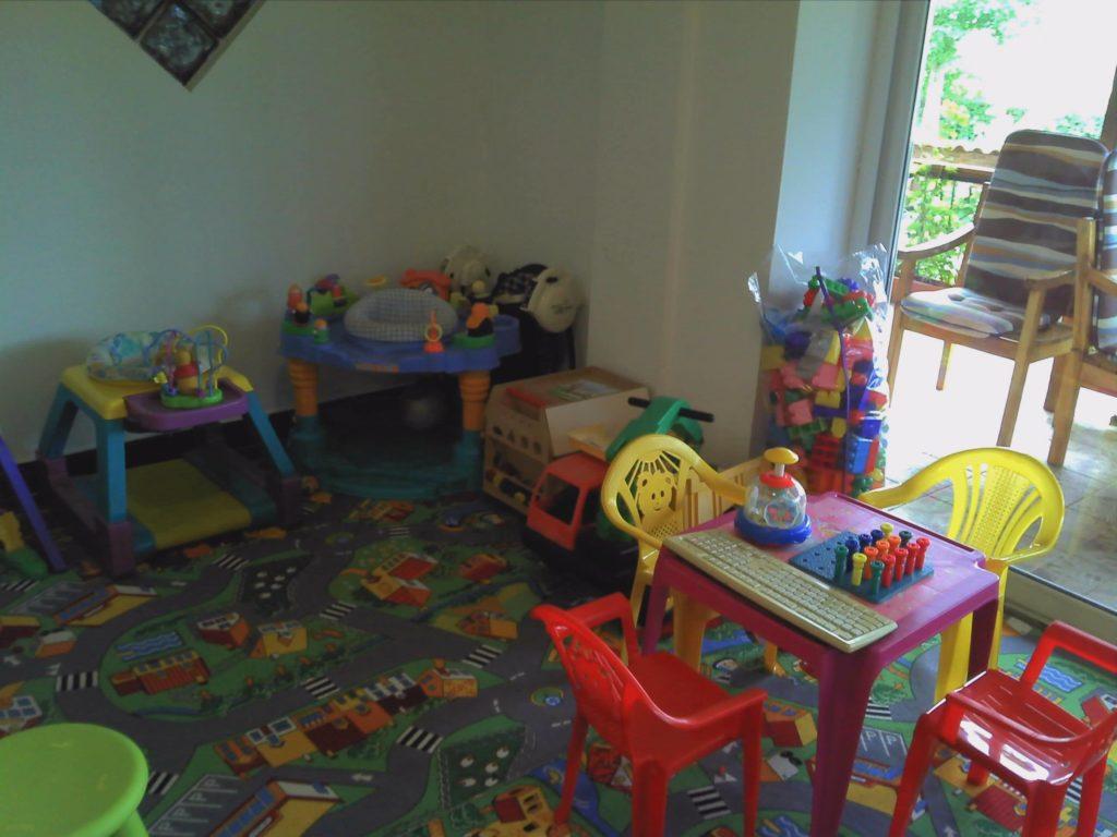 vila-rocco-eforie-nord-imagini-loc-de-joaca-copii-sub-5-ani-2